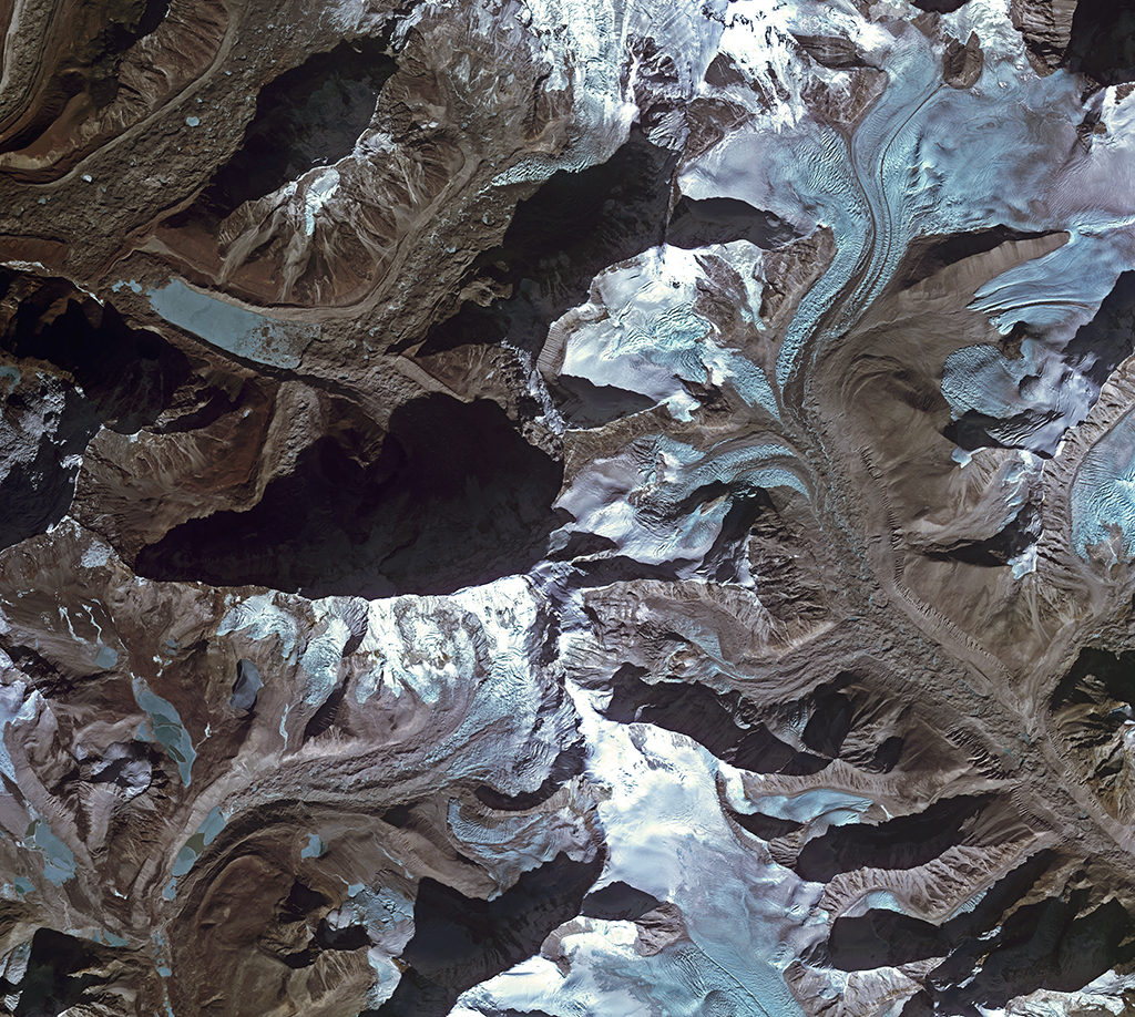 Imja Glacier Himalazas, Photo: ESA