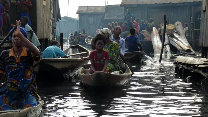 Boats Makoko, Lagos and flooding in Nigeria, October 13, 2012
